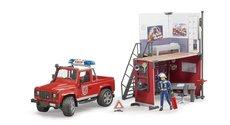 Bruder 62701 Hasičská stanice a Land Rover Defender